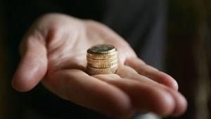 Living Wage: economic and social sense